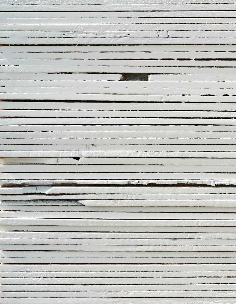 wandpaneele-holz-pine-lackiert-Weisse Schichten-k