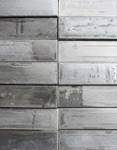 wandpaneele-metall-zink-silber-poliert