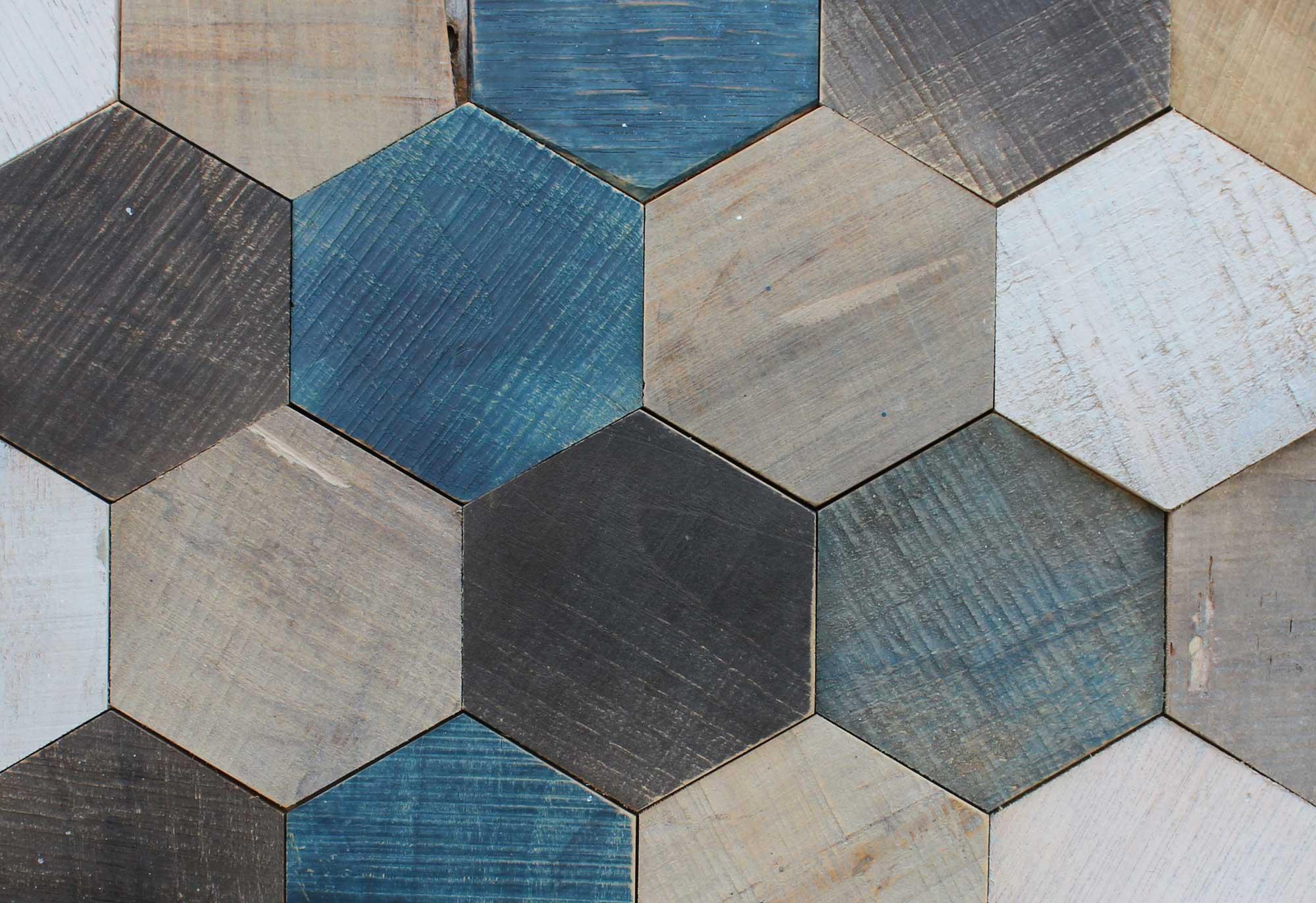 holzpaneele-pinie-eiche-und-kastanie-hexagon-woods