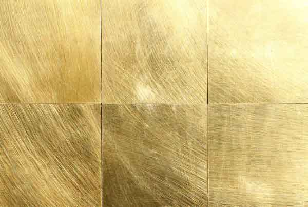 wandpaneele-metall-messing-gewachst-oder-lackiert-brass-orbits