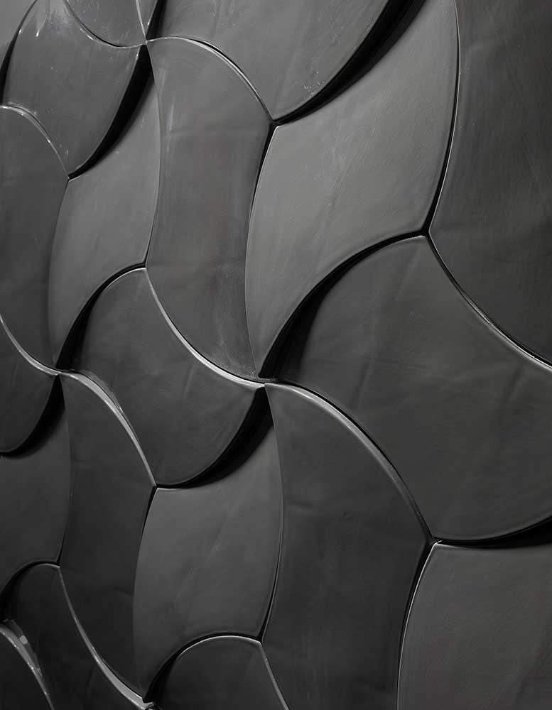 keramik-wandpaneele-wandfliesen-shiny-swirl-seitlich