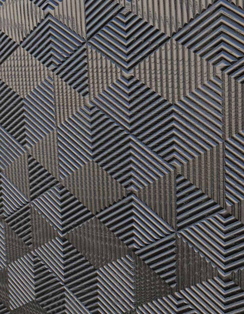 wandpaneele-holz-esche-lackiert-eye-opener-schwarz-seitlich
