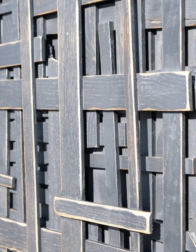 wandpaneele-holz-eukalyptus-lasiert-locked-forever-schwarz-seitlich
