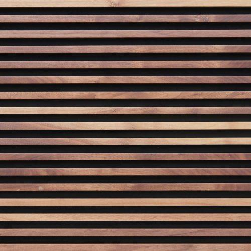 wandpaneele-holz-nussbaum-gewachst-parallelwelten-braun