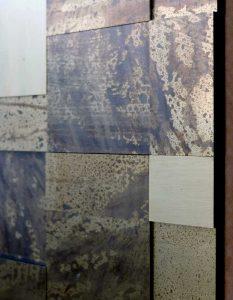 wandpaneele-metall-messing-mit-patina-saturn-brass-2