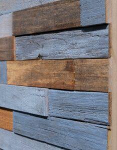 wandpaneele-holz-alte-kastanie-recycelt-chestnut-blue-seitlich