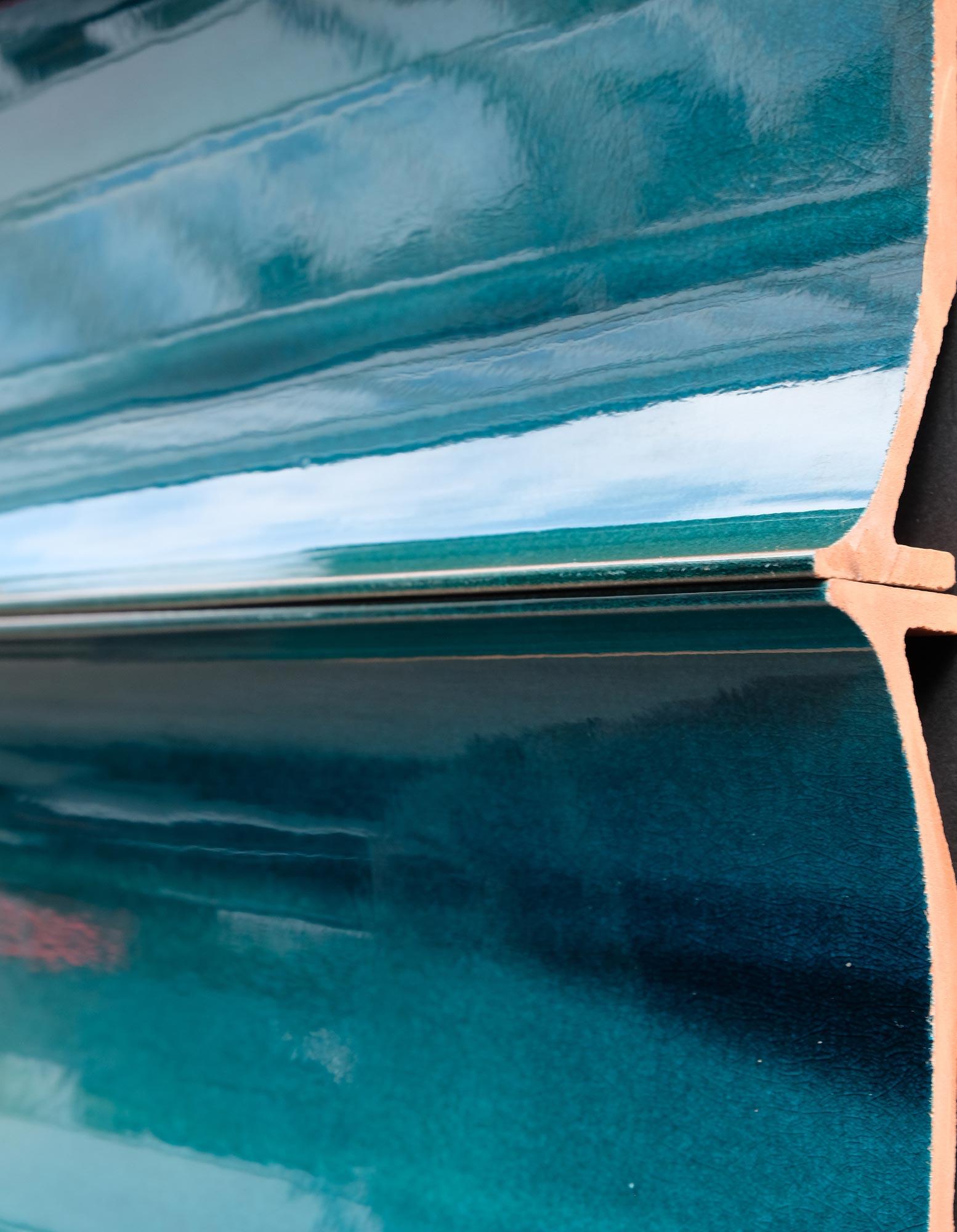 wandpaneele-keramik-wandfliesen-glasiert-blue-voyager-seitlich-b