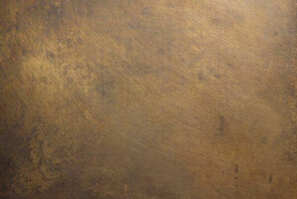 wandpaneele-metall-messing-oxidiert-metal-meditation